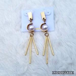 🔥CLOSING MONDAY🔥boutique gold dangle earrings